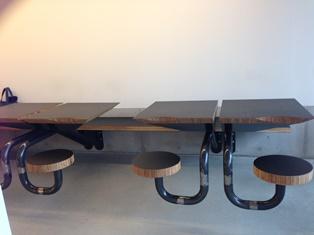 ラスティコテーブル